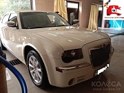 Chrysler 300C с водителем